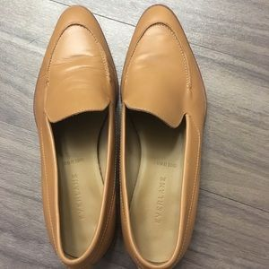 Everlane Loafers in Camel (Size 8) - Like New